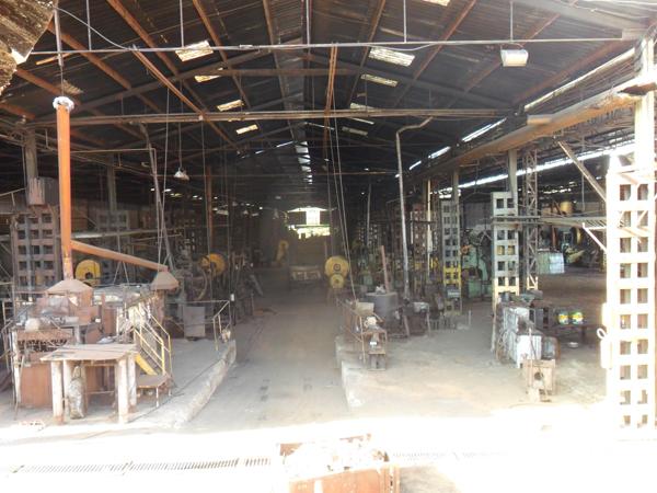 Cooperativa de Minas Gerais produz ferramentas agrícolas com a marca Tarza