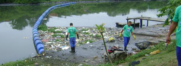 Sistema segura o lixo que é recolhido e reciclado (Foto: Divulgação / Governo do Estado do RJ)