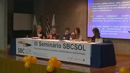 Paul Singer (2º da esquerda para a direita) participou do evento no ABC paulista