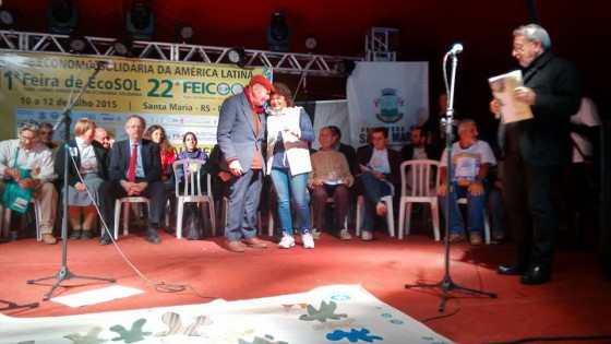 Paul Singer (SENAES/MTE) e Nelsa Nespolo na abertura da 22a FEICOP. Crédito: Maribel Kauffmann.