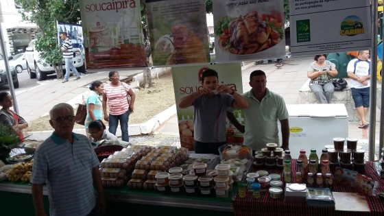 Barraca da COPAF na Feira Agroecológica de  Paulo Afonso (BA). Crédito: Ednaldo Barbosa